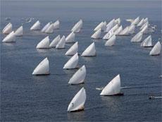 Al Gaffal гонки на традиционных арабских лодках 2013
